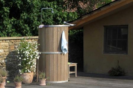 Maison Christol - buitendouche met warm en koud water