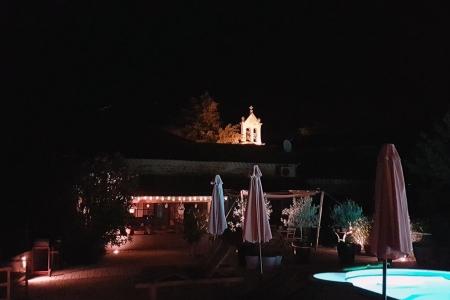 Maison Christol - sfeerverlichting 's avonds